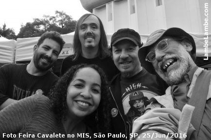 Foto Feira Cavalete no MIS