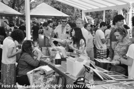 Foto Feira Cavalete edição especial de Natal